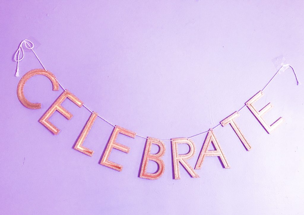 célébrer